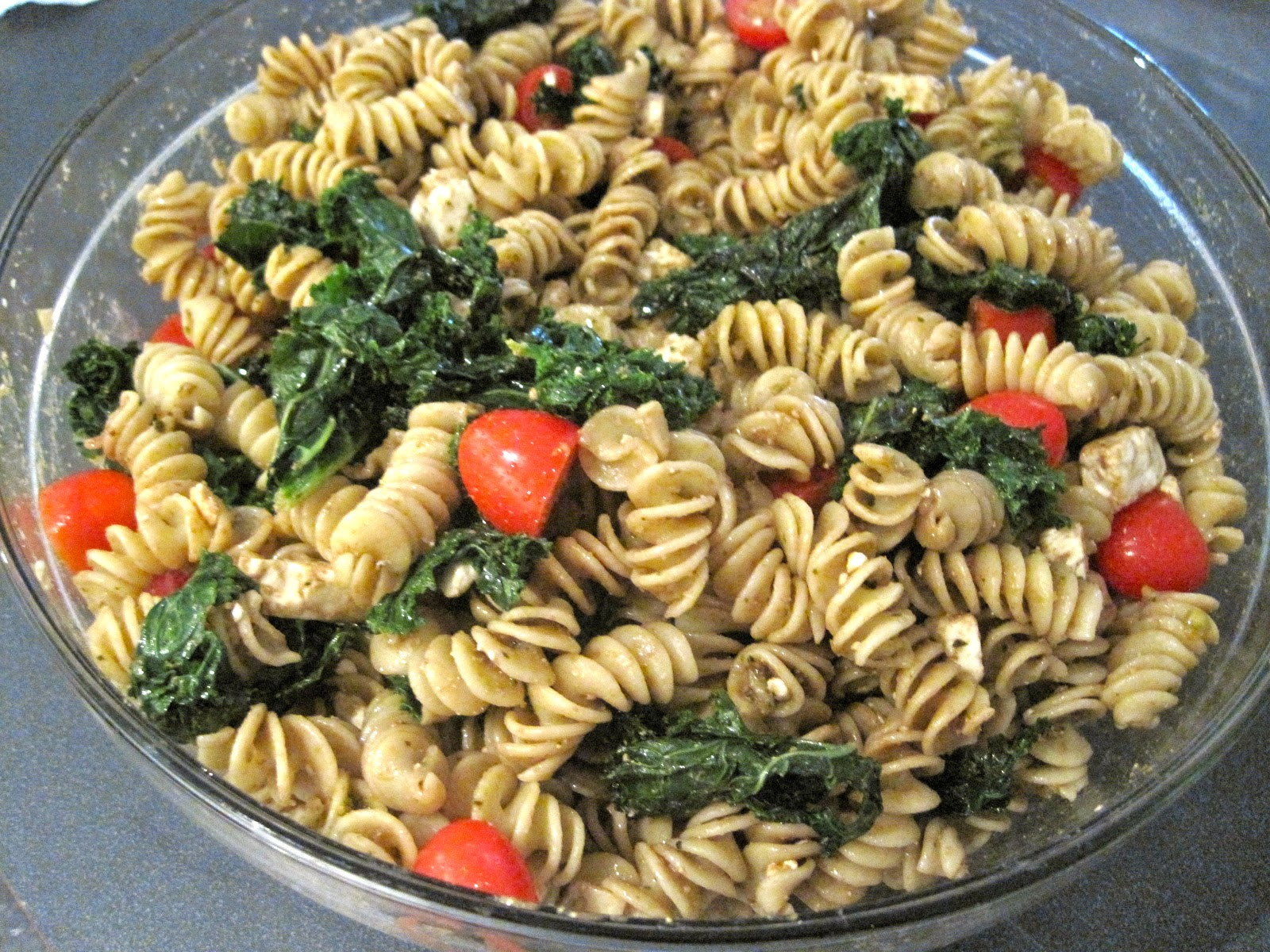 Kristen's Kitchen: Whole Wheat Pasta Salad with Fried Kale, Tomatoes ...