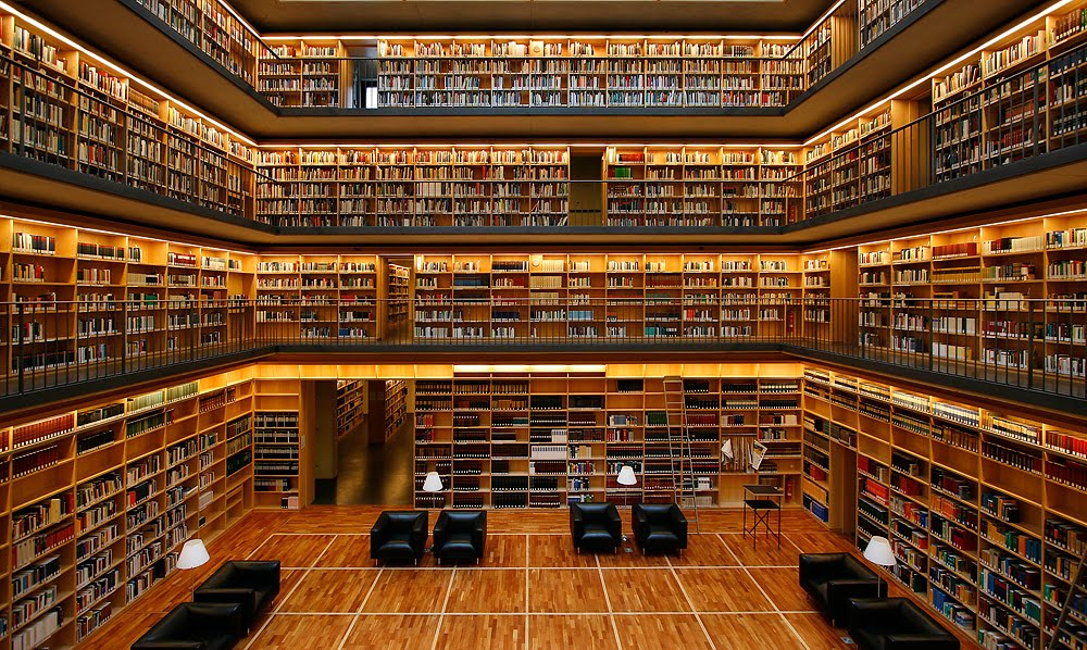 Buecherkubus-a18872702 - A Library To Die For - Photos Unlimited