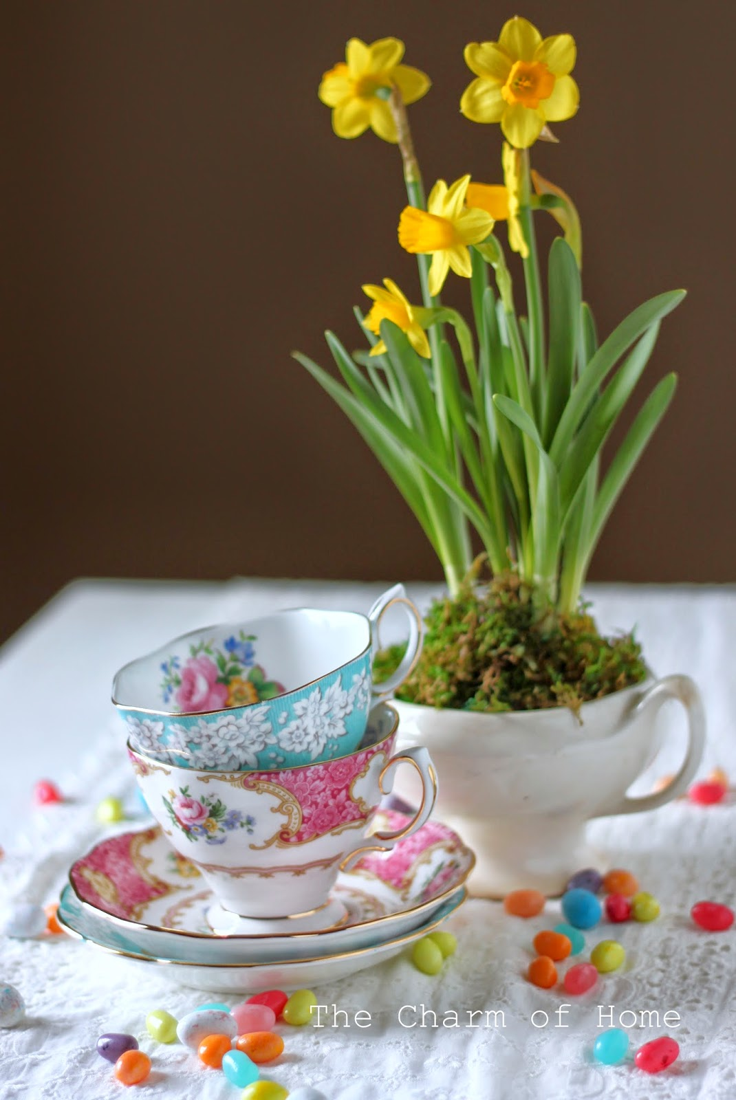 Easter Eye Candy: The Charm of Home