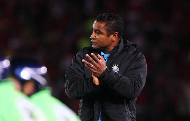 Com gols de Bobô e Pedro Rocha, time de Roger Machado conquistou três importantes pontos em Santa Catarina (Foto: Lucas Uebel/Grêmio)