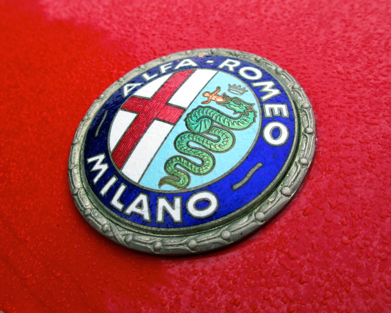 Pilotes Anciens The Alfa Romeo Badge Symbol