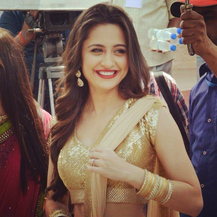 Beautiful Sanjeeda Sheikh HD Wallpaper