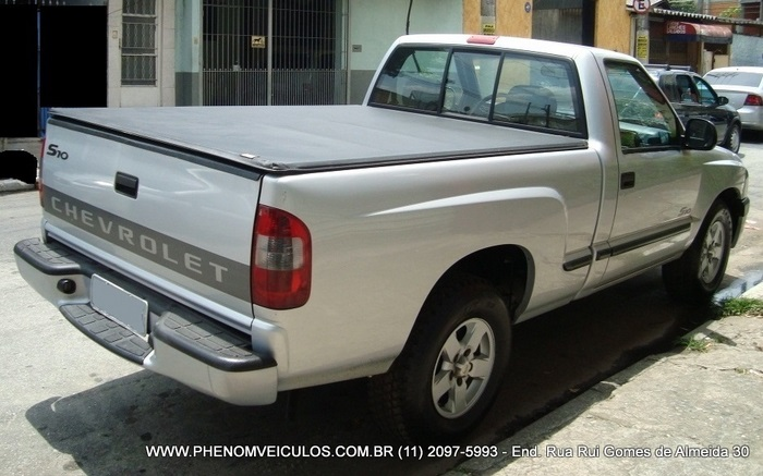 Chevrolet S-10 Cabine Simples 2003 2.4 - traseira