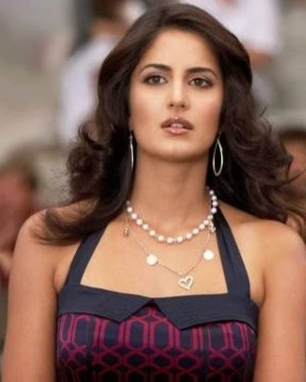 Hot Bollywood Actress Katrina Kaif