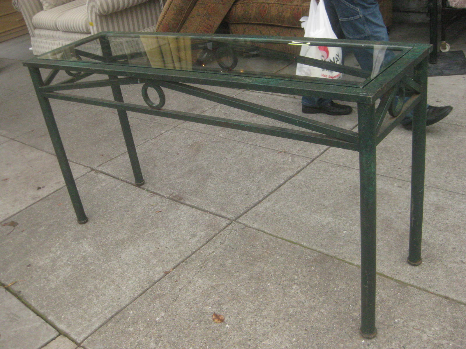 Uhuru furniture collectibles sold metal and glass for Sofa table 70