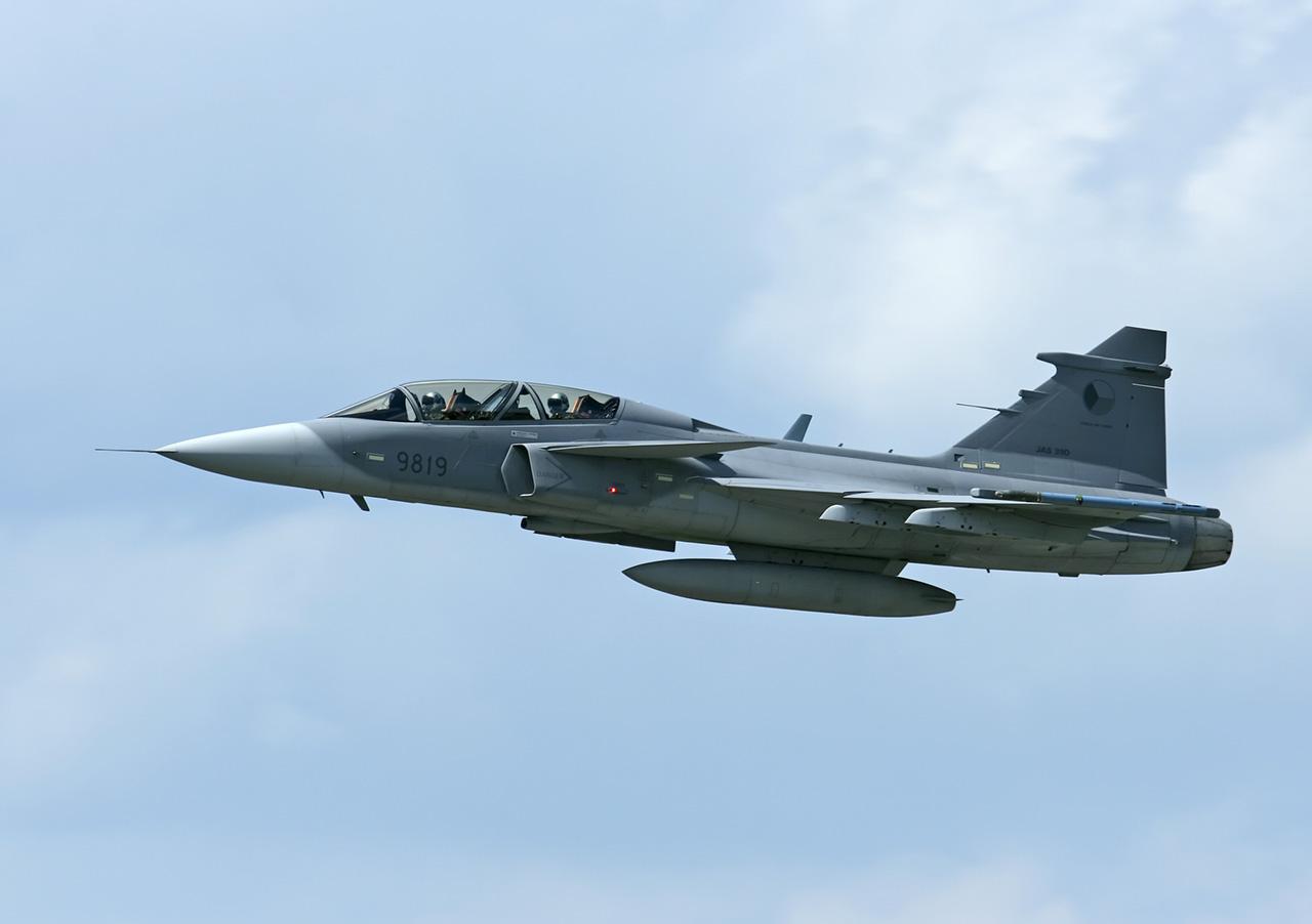 http://2.bp.blogspot.com/-E4ofgAdj3hg/Td1sO61I2RI/AAAAAAAAEoc/MfSen5idHpQ/s1600/Dassault+Rafale+C+Fighter+Jet+%25281%2529.jpg