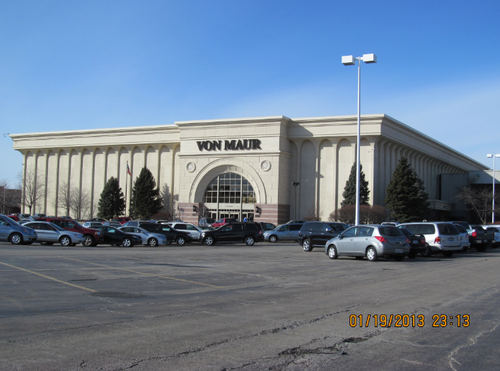 We are located on the lower level, across from the JC Penny's™ and under the escalator in the Yorktown Shopping Center™. Service Area Elmhurst, Berkeley, Bellwood, Bolingbrook, Naperville, Lombard, Burr Ridge, Oak Brook, Downers Grove, Kane County, Will County, DuPage County, & .