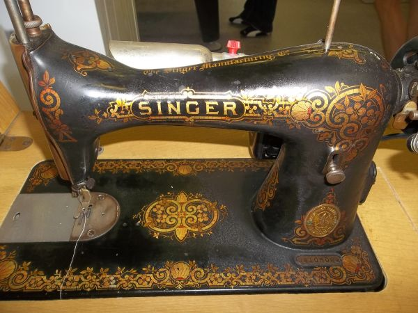 the cricket sewing machine