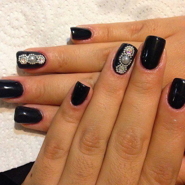 acrylic backfill LED polish manicure in abyss black with micro beads, 1 by 2 pearls and crystals for feats Gel-Nails-Polish-LED-Polish-LED-Nails-Acrylic-Nails-Nail-Art