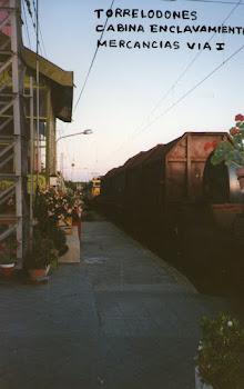 Torrelodones ,Mercancias en via 1ª Cabina de Enclavamiento