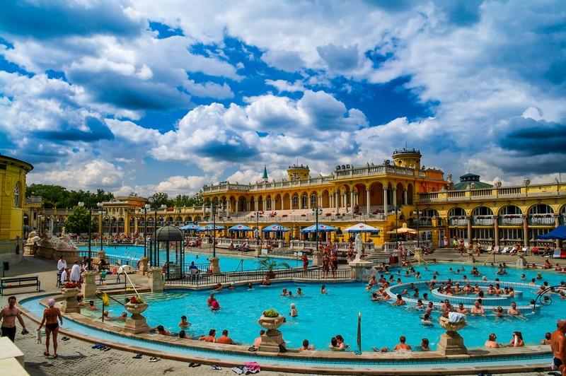 Balneario Baño Grande En Mixquiahuala:Balneario de Széchenyi en Budapest