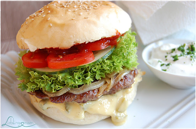 Selbstgemachte Hamburger - Homemade Fast Food