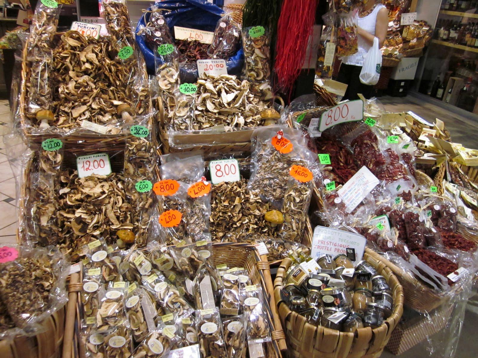 Gastronofilia: Mercados y tiendas en la Toscana 1: Mercato