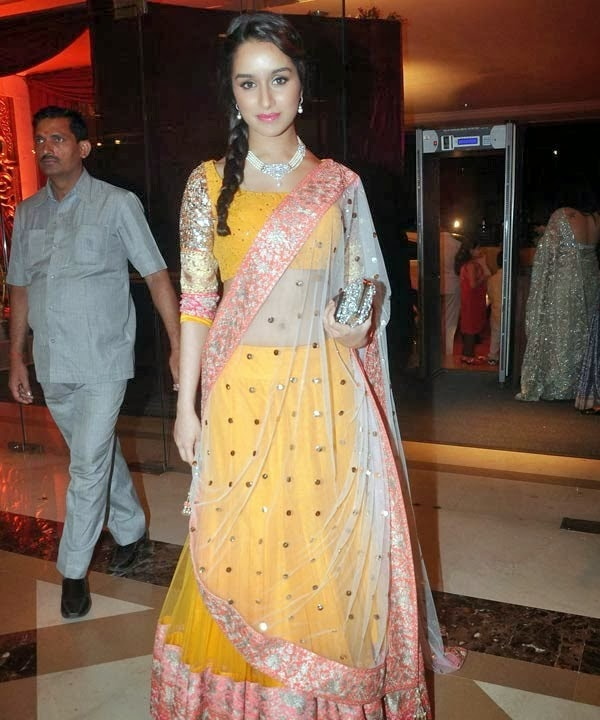 Shradhha Kapoor Hot HD Wallpapers Collection 2014 Free Download