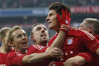 Bayern y Dortmund siguen imparables en Alemania