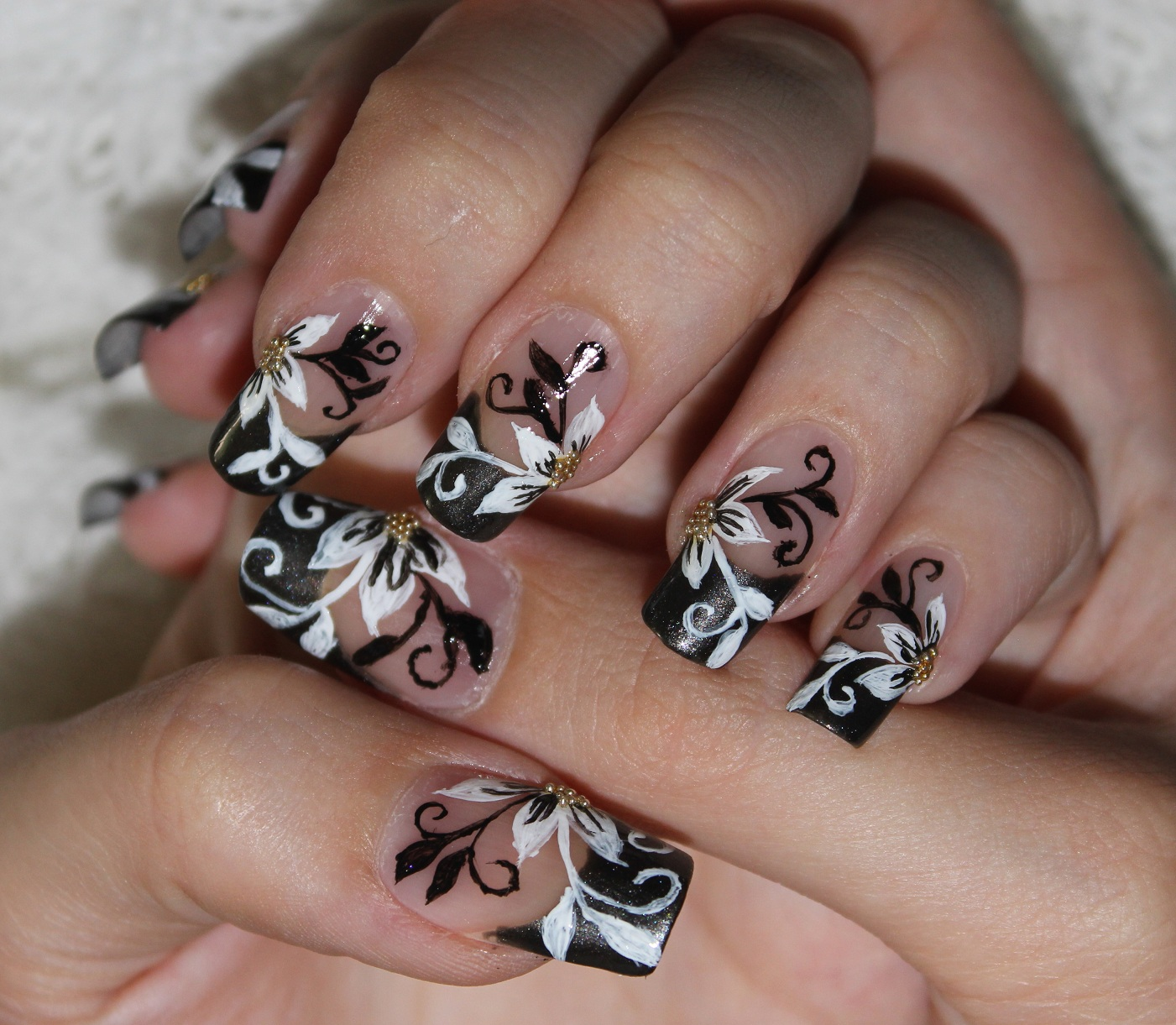 Black Flower Nail Designs