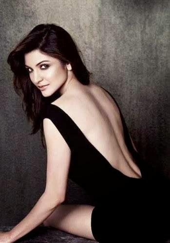 Anushka Sharma Nude Backless photo