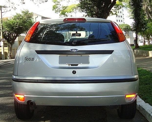 Ford Focus 1.6 GLX 2006 - traseira
