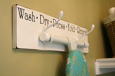 itmom: Tutorial Tuesday - Laundry Room Diy's