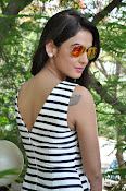 sonal chauhan latest glam pics-thumbnail-4