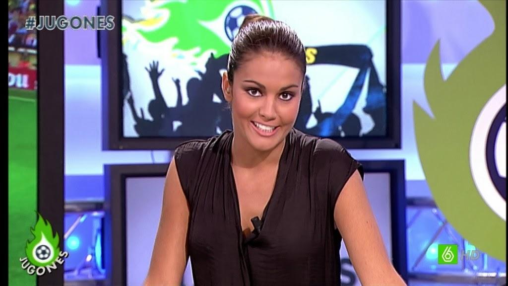 LARA ALVAREZ, JUGONES (14.10.13)