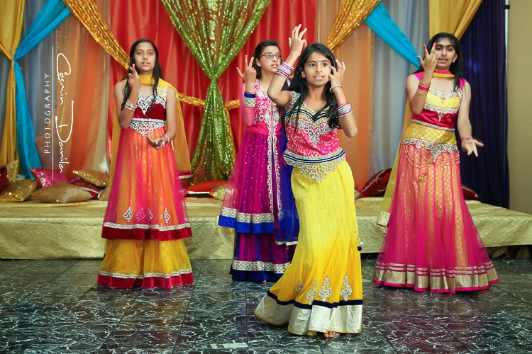 Mehndi Ceremony Punjabi : Sukh navi rain or shine the jaago won t stop cosmin