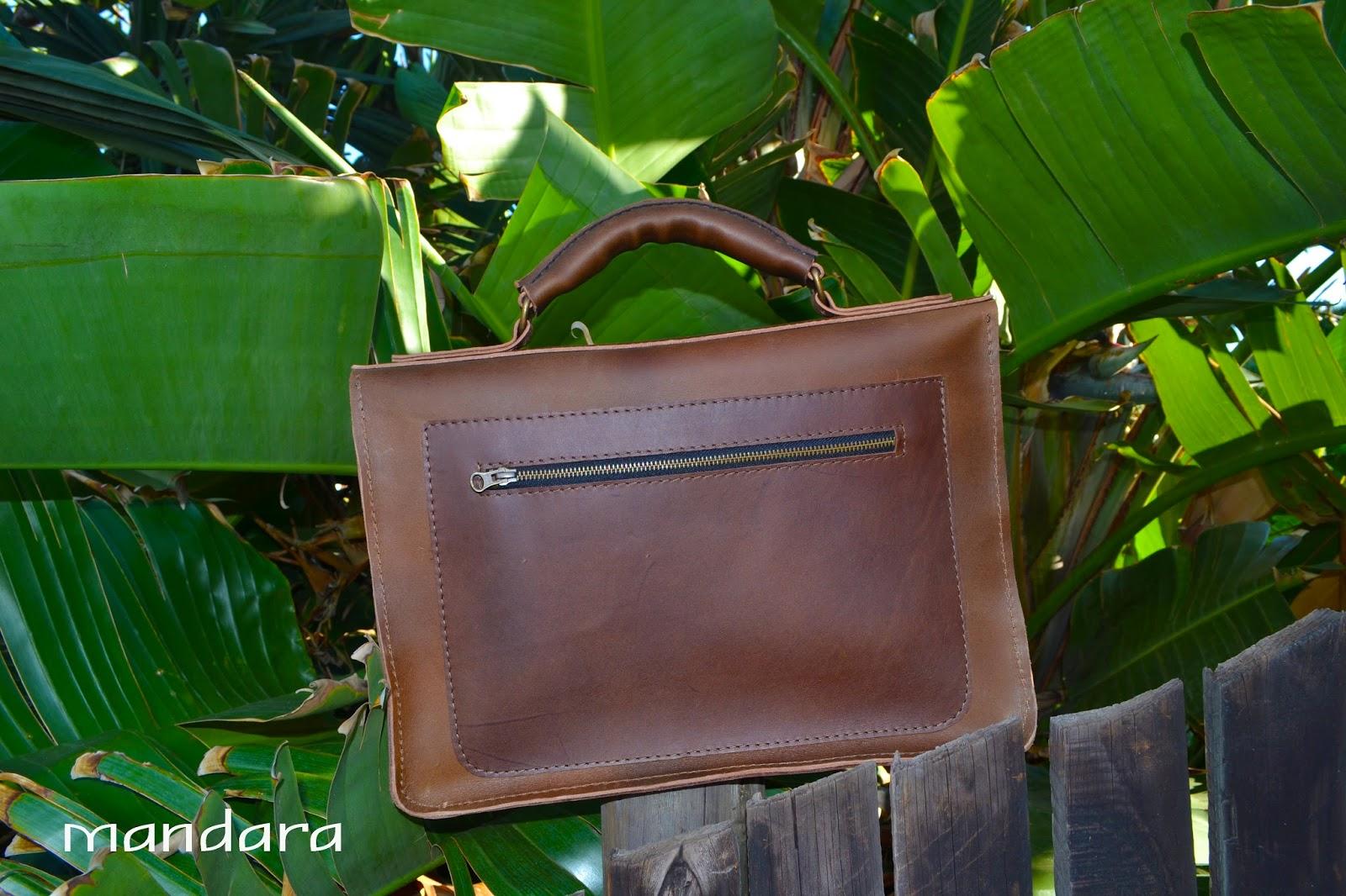 13f2cd1d08b8 Woven briefcase
