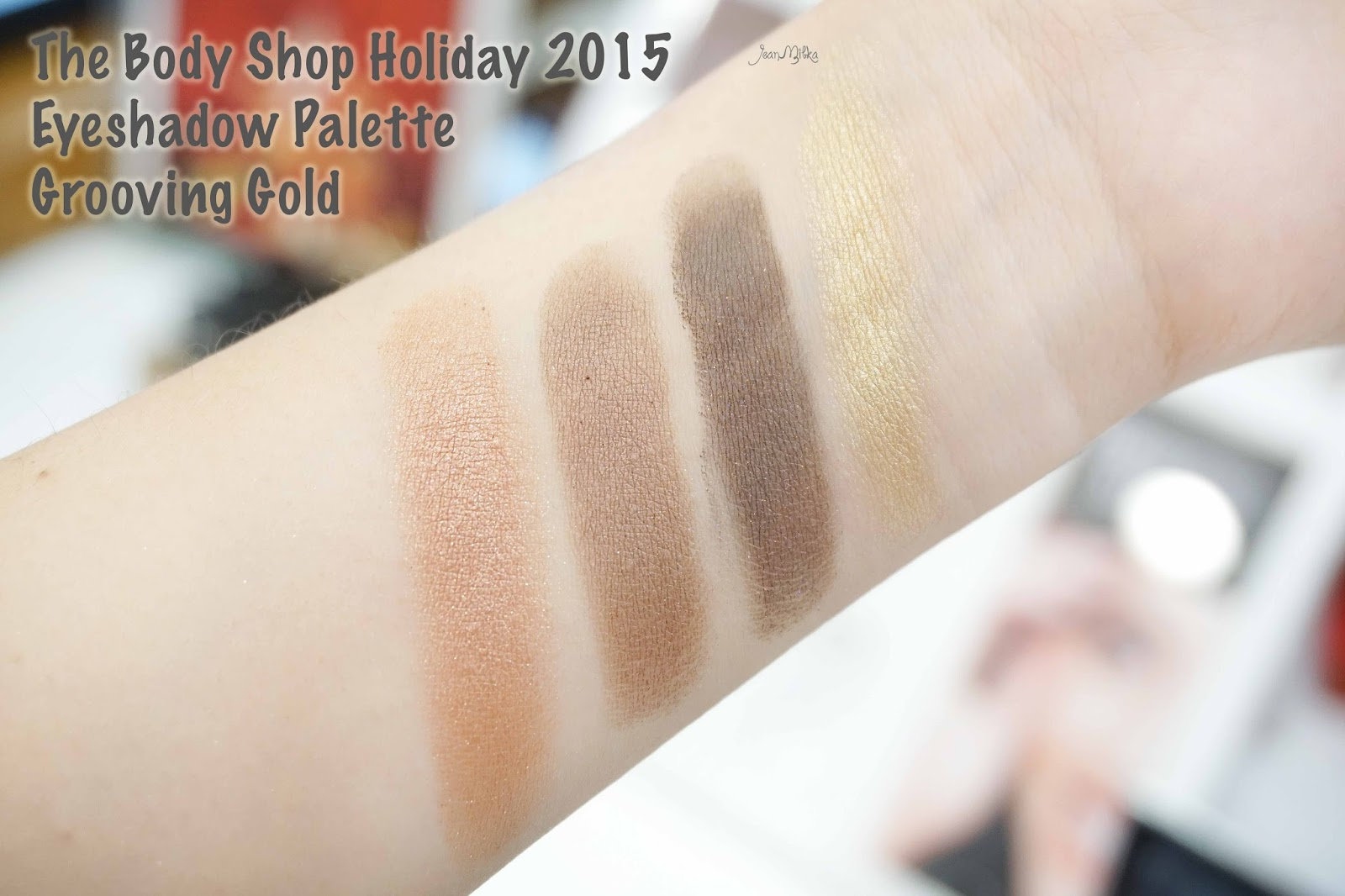 the body shop, body shop, christmas, christmas gift, gift, holiday, gifts. exclusive preview, swatch, eyeshadow, eyeshadow palette, grooving gold,