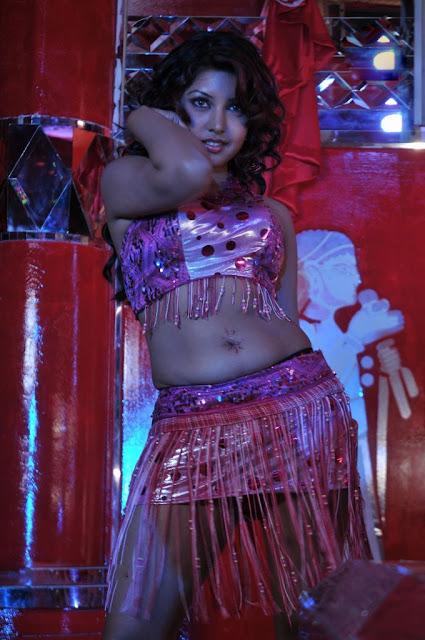 hot item girls navel show photos