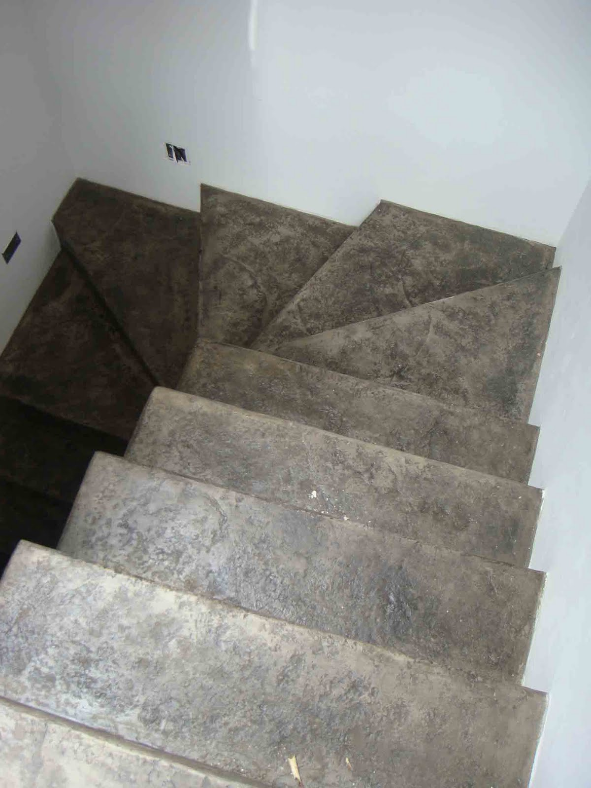Cristian campos cemento pulido y paredes en blanco for Cemento pulido precio