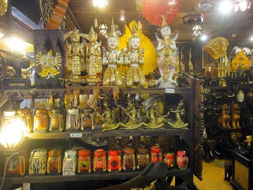 Go shopping at the night-bazaar