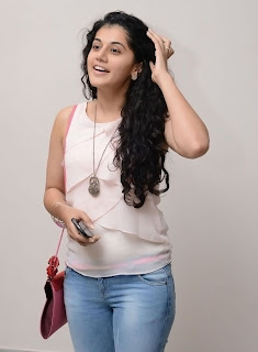 Actress Tapsee Pannu Latest Pictures 008.jpg