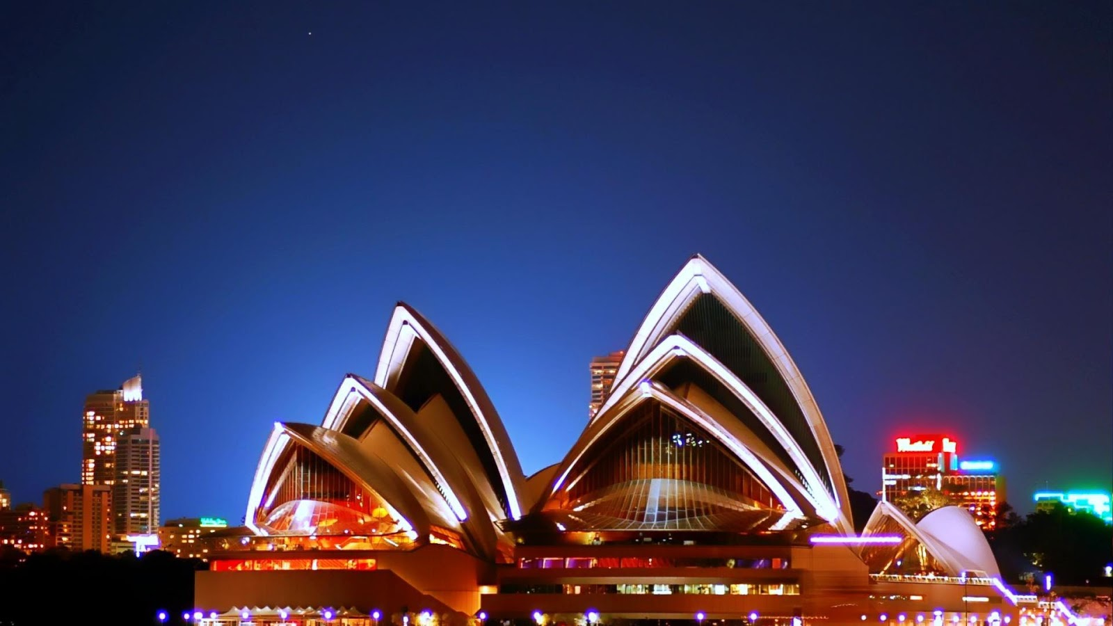 sydney opera house and australia Experience the world's best loved operas with opera australia at iconic venues - the sydney opera house & the arts centre melbourne.