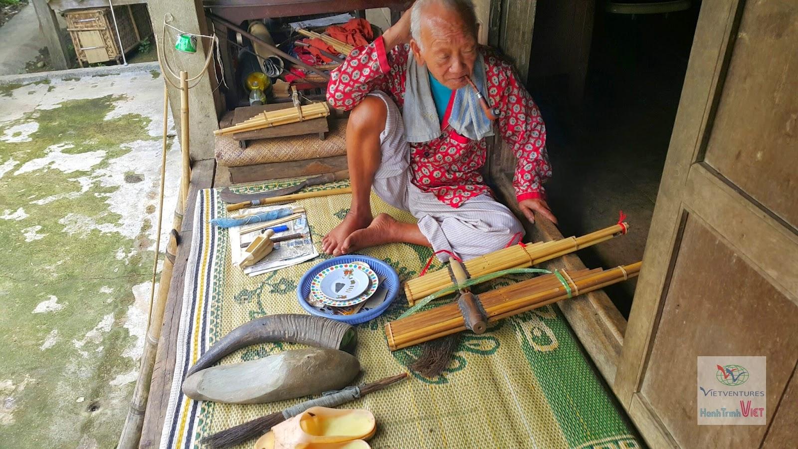 Du lịch cộng đồng thôn A Hươ, Xã Nhâm