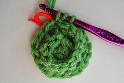 free crochet pattern no sew rosette round 6