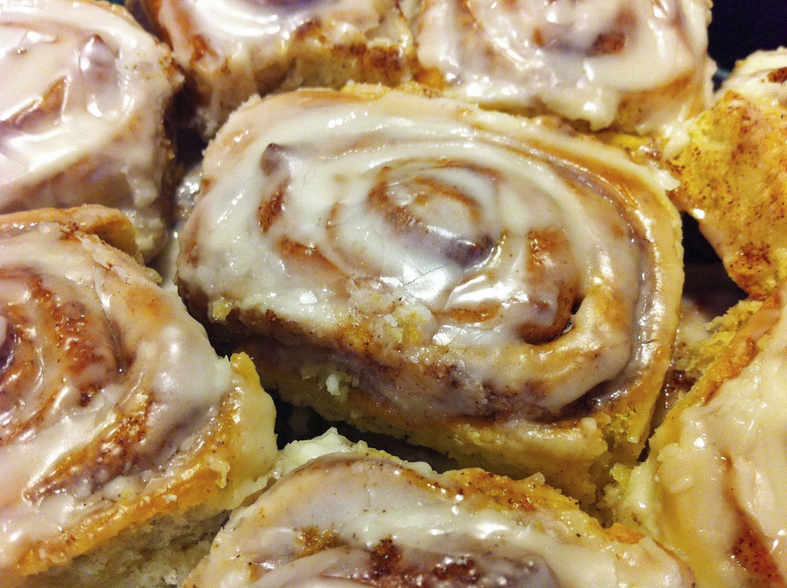 Old Fashioned Cinnamon Rolls Recipe — Dishmaps