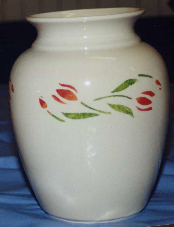 longchamp bricole vase d cor au pochoir. Black Bedroom Furniture Sets. Home Design Ideas