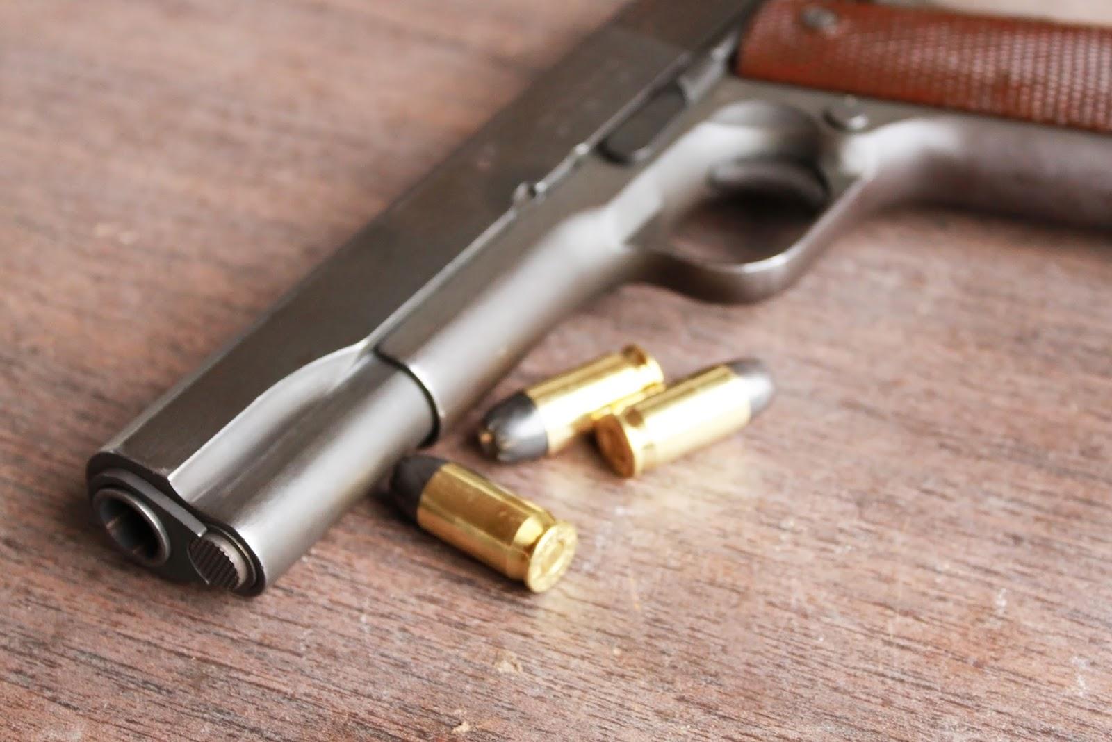 Broń, amunicja i prawo