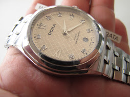 DOXA TEKSTURED DIAL - GENUINE DIAMOND INDEX - AUTOMATIC
