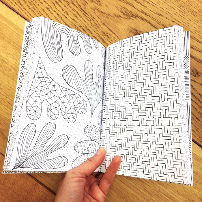 THE MINDFULNESS COLOURING BOOK Anti Stress Art Therapy For Busy People