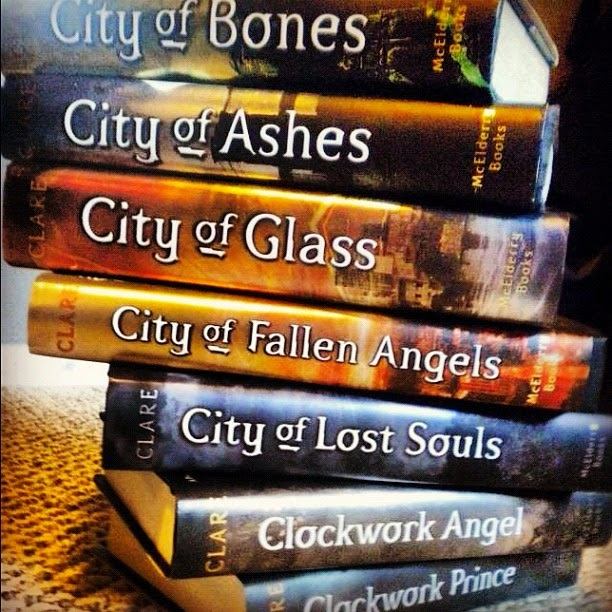 Mis libros favoritos♥ (aunque era obvio por el titulo del blog jaja)