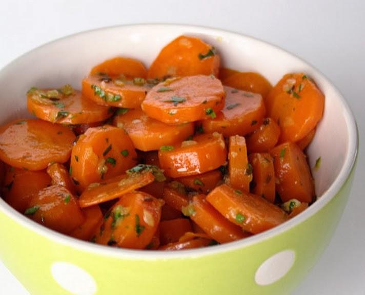 Salada de Cenoura com Cominho (vegana)