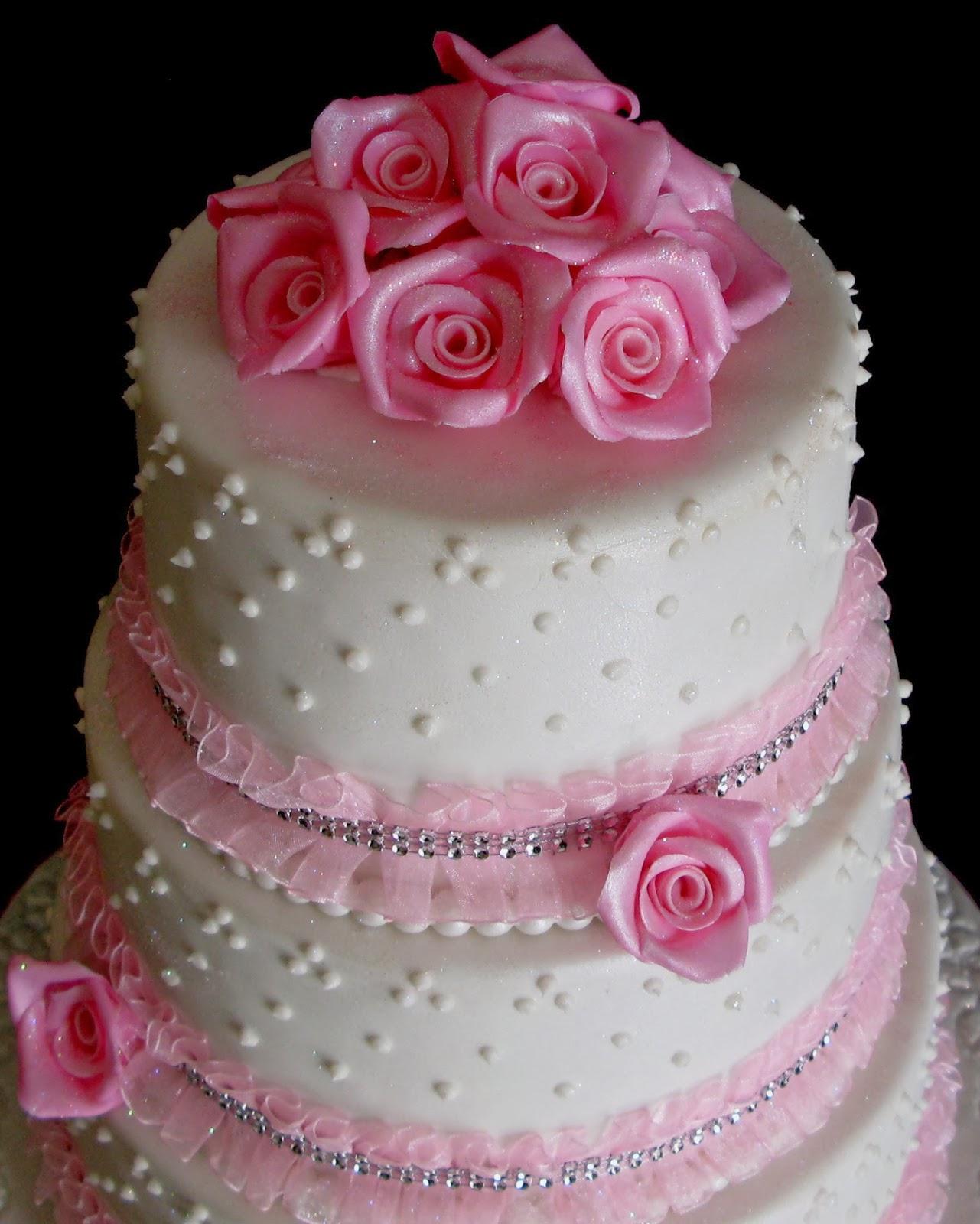 Sugarcraft by Soni: Three Layer Wedding Cake : Pink Roses