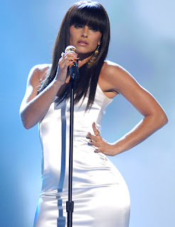nelly-furtado-cantante