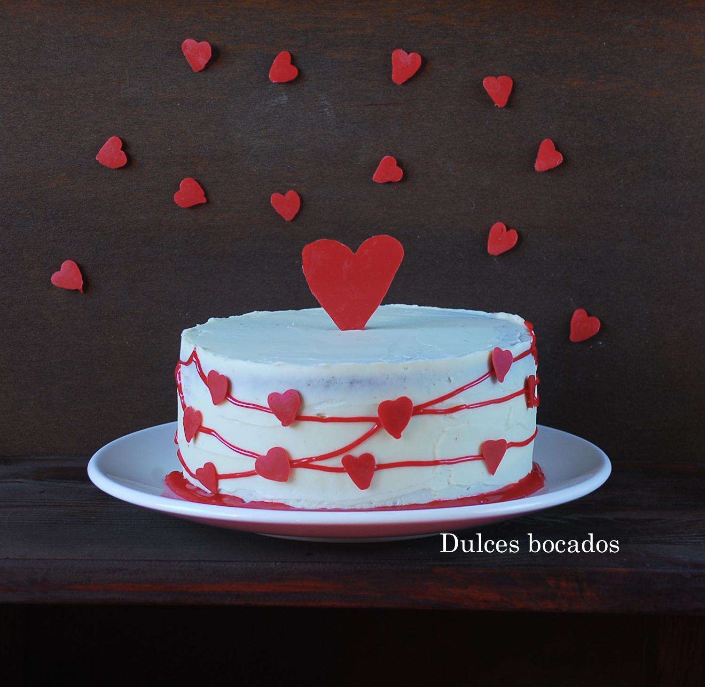 Pastel de frambuesa y chocolate blanco San Valentin - Dulces bocados