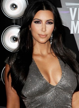Biography  Kardashian on Kim Kardashian Biography Kimberly Noel Kardashian Was Born On October