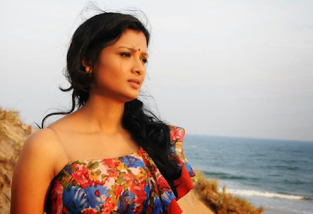 Miss Leelavathi Actress Ishitha Spicy Pictures 16.jpg