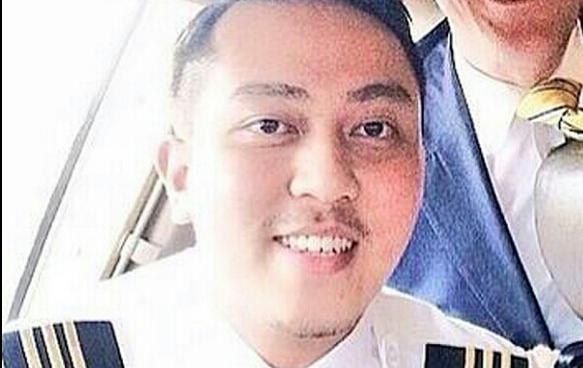 fariq abdul hamid buat panggilan dalam pesawat mh370, gambar fariq abdul hamid, panggilan fariq ab hamid dari dalam pesawat mh370, siapa yang fariq panggil dalam pesawat mh370, panggilan telefon fariq ab hamid dari pesawat mh370