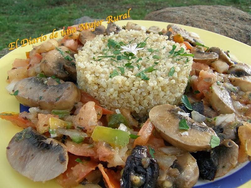 Champiñones macerados con quinoa y mijo