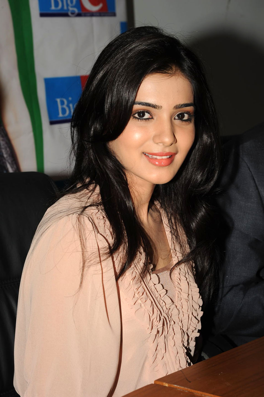 movie-actress-samantha-at-bigc-events-loltwitt ~ movie updates